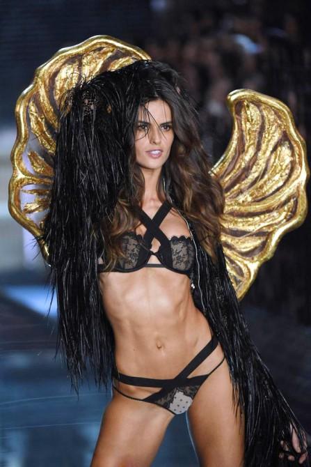 维多利亚的秘密时装秀 | Victoria's Secret Fashion Show - 任刚 · Ren Gang 世界设计 · 设计世界