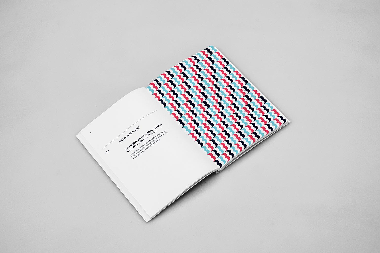BOMBON BOSS 咖啡厅品牌视觉VIS设计 – 国外品牌设计案例精选 - 任刚 · Ren Gang 世界设计 · 设计世界